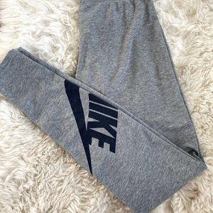 NWOT Nike leggings